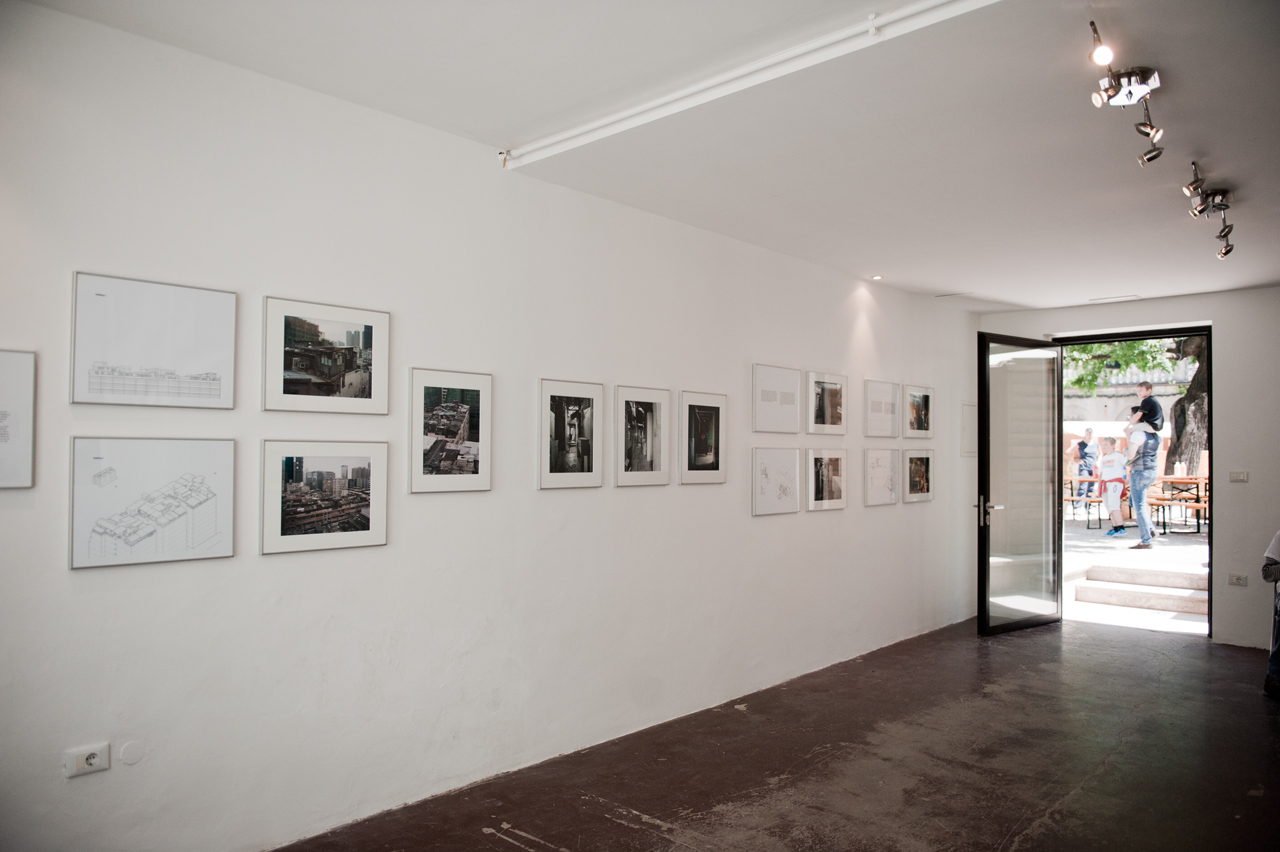 Stefan Canham, Protraits from Above, exhibition view, credit: foto-forum, Claudia Corrent